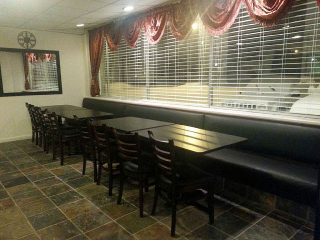 banquet-room-640-480